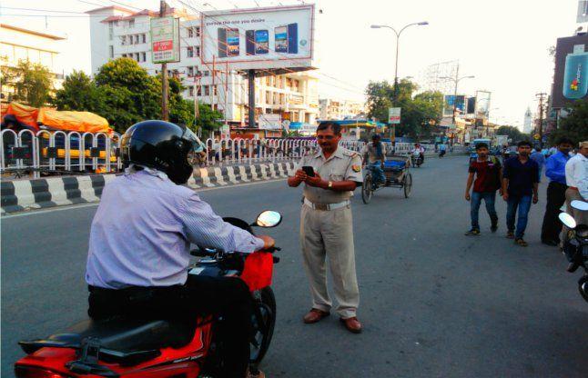 लखनऊ-ट्रैफिक नियम तोड़ने वालों की अब खैर नहीं, गलती की तो कटेगा चालान