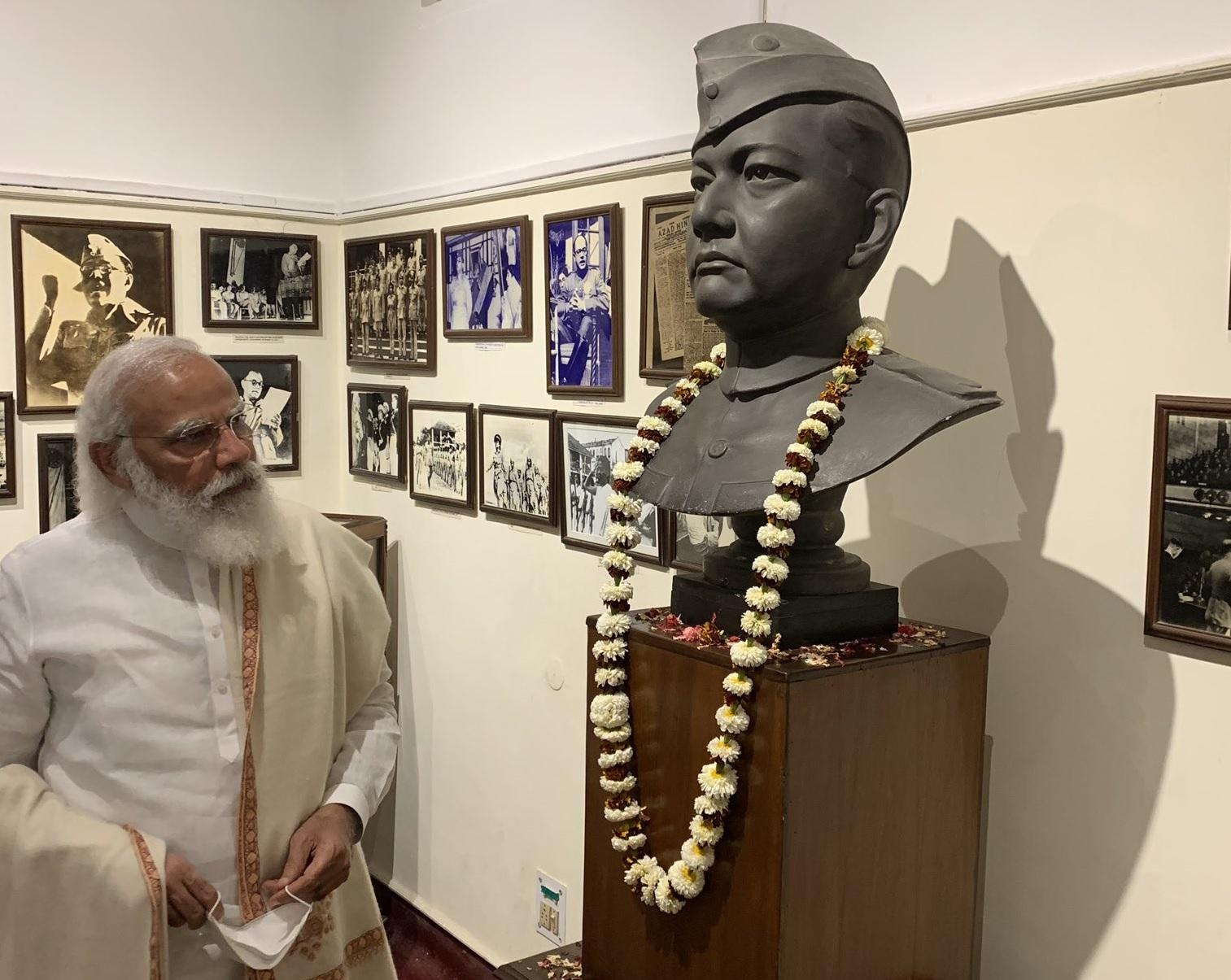 पराक्रम दिवस:पीएम मोदी बोले- नेताजी के सशक्त भारत का सपना आज पूरा हो रहा, उन्हें गर्व होता