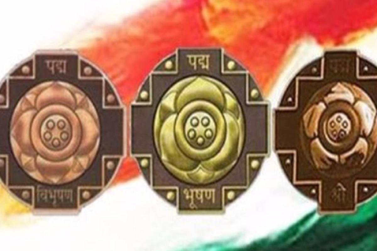 पद्म अवार्ड 2021 की हुई घोषणा, भारत के दोस्त शिंजो आबे समेत 119 को मिलेंगे पद्म पुरस्कार