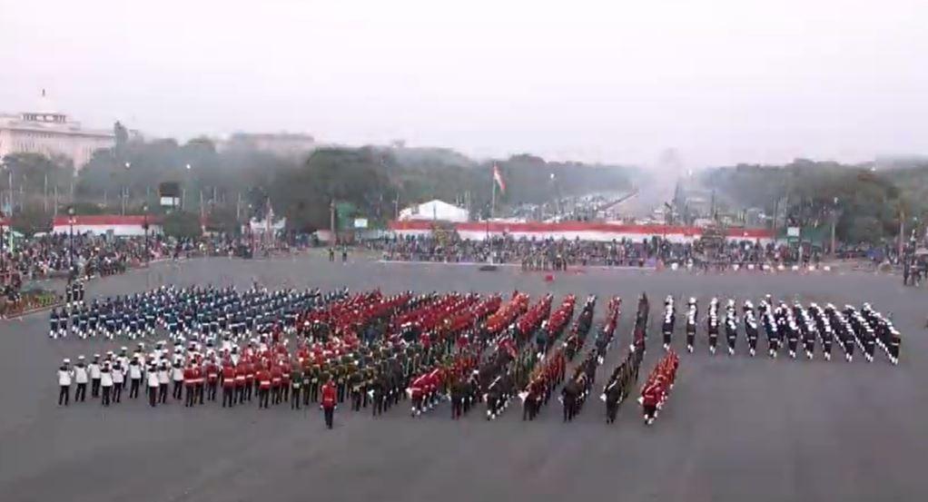 राजधानी दिल्ली के विजय चौक पर बीटिंग रिट्रीट सेरेमनी, राष्ट्रपति और पीएम मोदी हुए शामिल