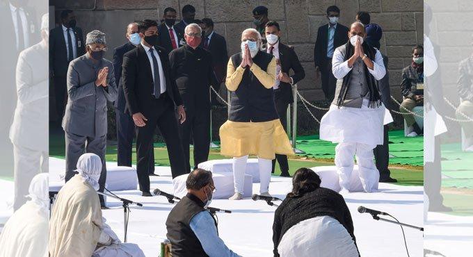 राष्ट्रपिता महात्मा गांधी की पुण्यतिथि पर राजनीतिक दिग्गजों ने किया नमन