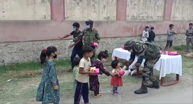 सेना ने पेश किया शांति और सद्भाव की मिसाल