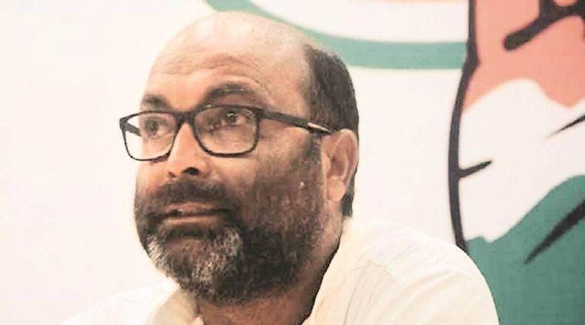 अजय कुमार लल्लू ने मोबाइल फोन के मामले में योगी सरकार पर निशाना साधा