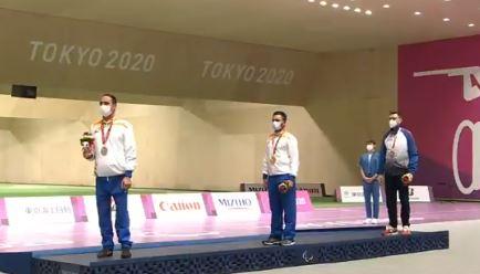 पैराओलंपिक्स में मनीष नरवाल ने स्वर्ण और अडाना ने रजत पदक पर लगाया निशाना- जय हो इंडिया
