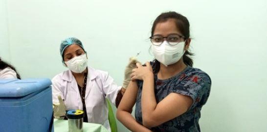महिलाओं के लिए होगा स्पेशल टीकाकरण बूथ- हर जिलें मे 7 जून से लगेगा बूथ-यूपी सरकार