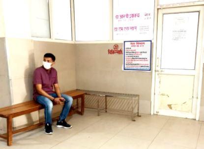 कानपुर- खुद मरीज बन जब कानपुर डीएम पहुंचे उर्सला अस्पताल-तो जो हुआ देखकर डीएम खुद  हुये परेशान