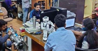 नसों तक जाकर जानेगा बीमारी के बारे में- आई आई टी कानपुर ने तैयार किया विशेष रोबोट