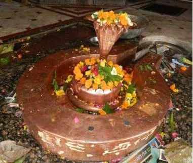 भगवान शिव का ऐसा मंदिर जहां दर्शन मात्र से माफ हो जाती है कैदियो की सज़ा- कहां है ये मंदिर- देखिये ये रिपोर्ट