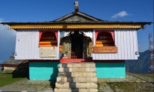 कहा है भगवान शिव का वो अनोखा मंदिर जो कि आकाशीय बिजली से चकनाचूर हो जाता है और मक्खन से जुड़ जाता है- देखिये ये खबर