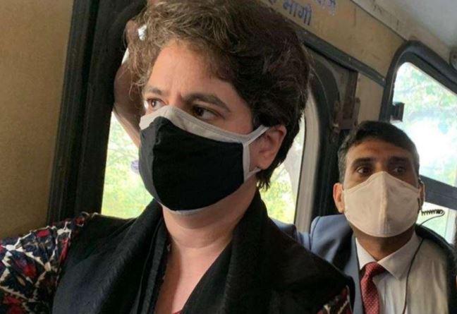 यूपी के दौरें पर आयी प्रियंका गांधी अचानक से लौटी दिल्ली..दौरा हुआ रद्द. क्यो ?