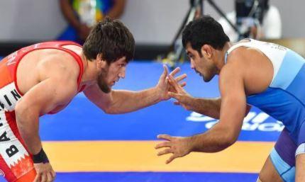 दो बार के ओलंपिक पदक विजेता के खिलाफ गैर जमानती वारंट-आखिर क्यों