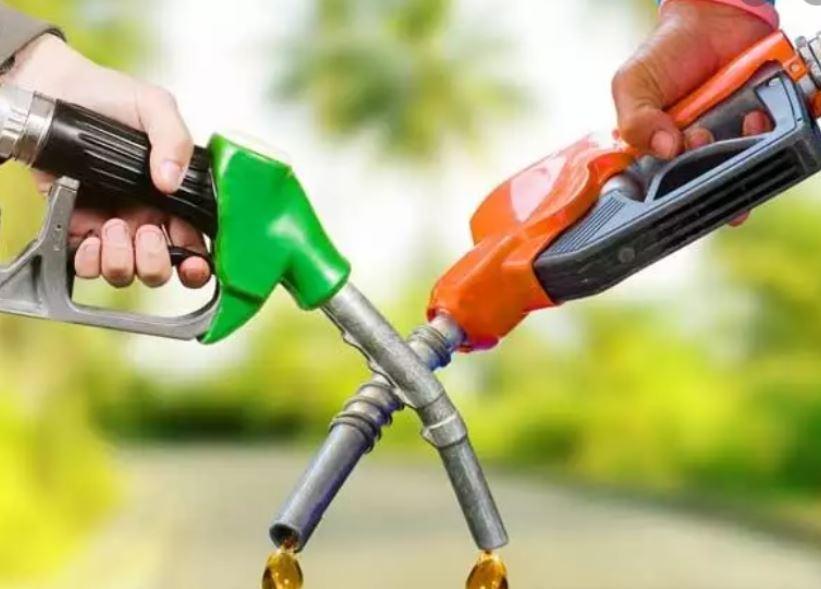 फिर बढ़ा पेट्रोल डीजल का दाम- देखिये किस आंकड़े पर पहुंचा