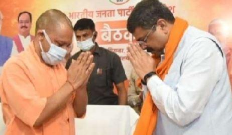 तो भाजपा से यूपी में धर्मेन्द्र होंगे चुनावी रणनीति के कैप्टन और अनुराग मैनेजर