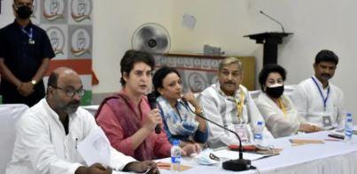 नवरात्र के मौकें पर कांग्रेस जारी करेगी यूपी में अपने उम्मीदवारों की लिस्ट