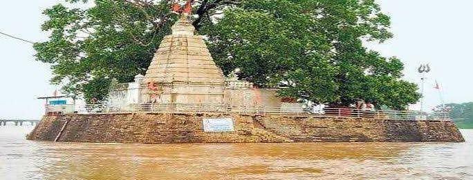 मंदिर जहां विराजते है राजीव लोचन भगवान विष्णु