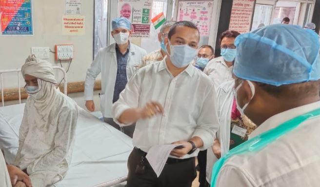 मेडिकल कॉलेज और हैलट में कमिश्नर की जांच मे सामने आई बहुत सी कमियां