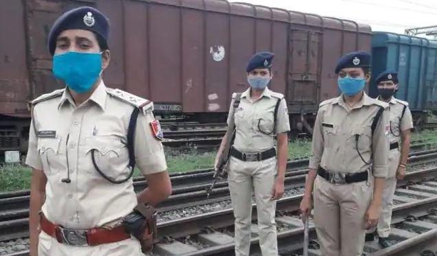 महिलाएं उठाएंगी रेलवे यात्रियों की सुरक्षा का ज़िम्मा