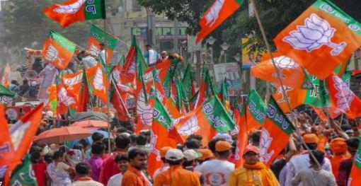 कानपुर- चुनाव से पहले सभी पार्टी चला रही अपना पैतरा..बीजेपी ने भी भाजपा युवा मोर्चा अध्यक्ष पद  के नाम घोषित किये