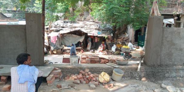 kanpur-पार्षद और ठेकेदार की मनमानी के विरोध में ग्वालटोली क्षेत्र के लोगो ने दिया नगर आयुक्त को पत्र