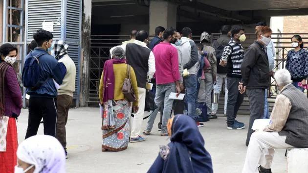 कानपुर में कोरोना वैक्सीनेशन की ज़मीनी हकीकत
