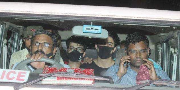 क्रूज ड्रग्स केस में शाहरुख के बेटे की रिमांड बढ़ी-7 अक्टूबर तक NCB ने आर्यन को लिया कस्टडी पर