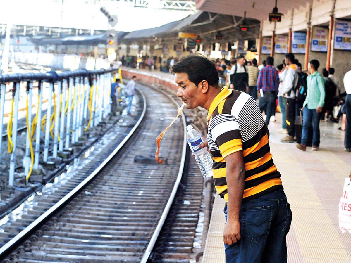 पान-गुटखा खाने वालों के लिए रेलवे ने निकाला आसान हल