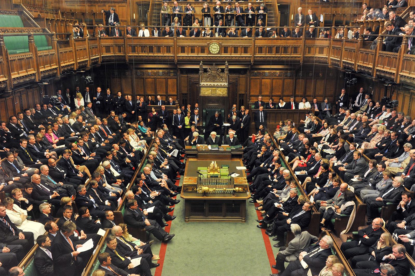 क्यों उठा ब्रिटेन की संसद में कश्मीर का मुद्दा?