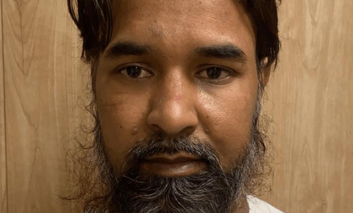 दिल्ली से गिरफ्तार पाक आतंकी के धर्मांतरण रैकेट से भी जुड़े हैं तार?