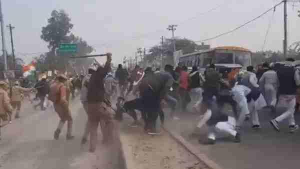 महोबा-कांग्रेस की गाय बचाओ, किसान बचाओ पदयात्रा पर पुलिस का बर्बर लाठीचार्ज