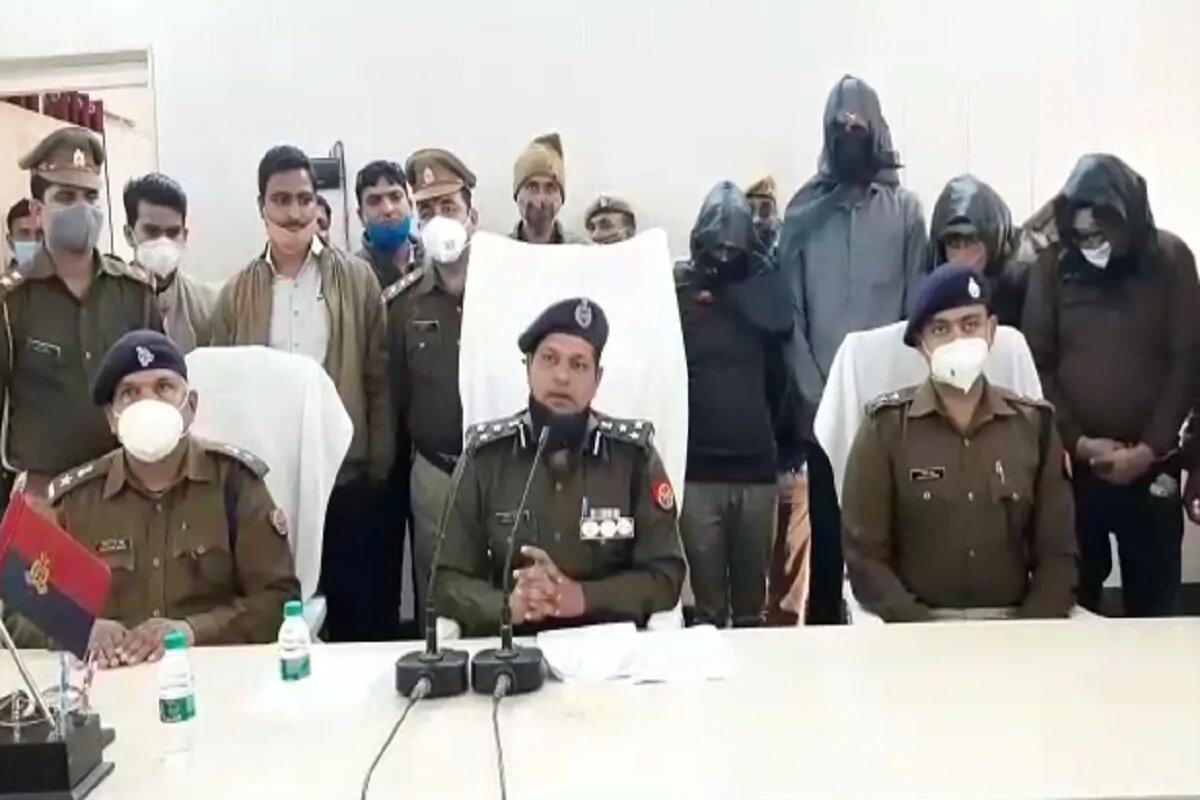 रामलला के खाते से पैसे उड़ाने वाले 4 आरोपी गिरफ्तार, मास्टरमाइंड अब भी फरार