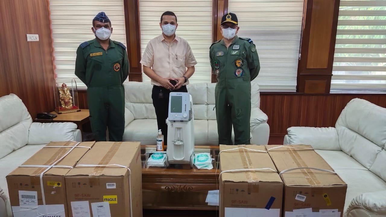राइट वॉक फ़ाउंडेशन इंडिया ने 10 ऑक्सीजन concentrators आयुक्त कानपुर को उपलब्ध कराएं