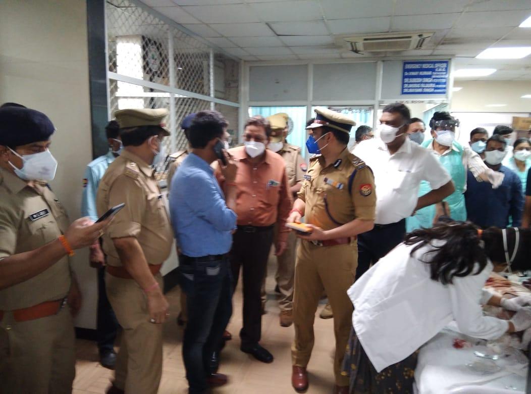 कानपुर में मिनी बस व विक्रम में भीषण टक्कर, 16 की मौत आधा दर्जन घायल