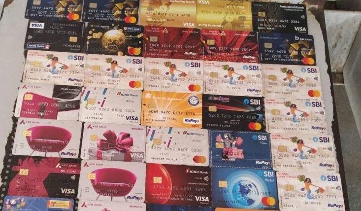 कानपुर क्राइम ब्रांच पुलिस नें अन्तर्राजीय ATM हैकर गिरोह के 2 अभियुक्त किए गिरफ्तार