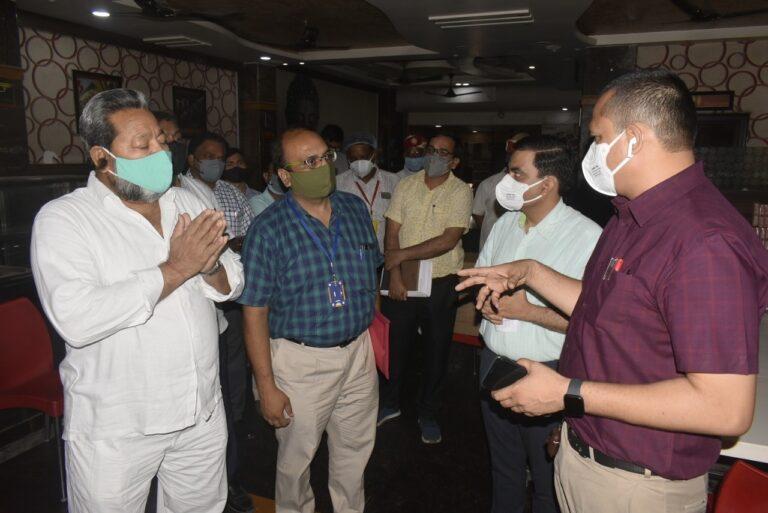 प्राइवेट अस्पताल बेडो की क्षमता के अनुसार ऑक्सीजन प्लांट लगवाने की करें व्यवस्था- मंडलायुक्त