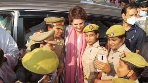 एक बार फिर प्रियंका गांधी को पुलिस ने हिरासत में लिया