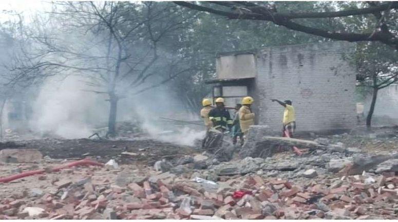 तमिलनाडु में पटाखा फैक्ट्री में आग से 11 की मौत, पीएम मोदी ने जताया दुख