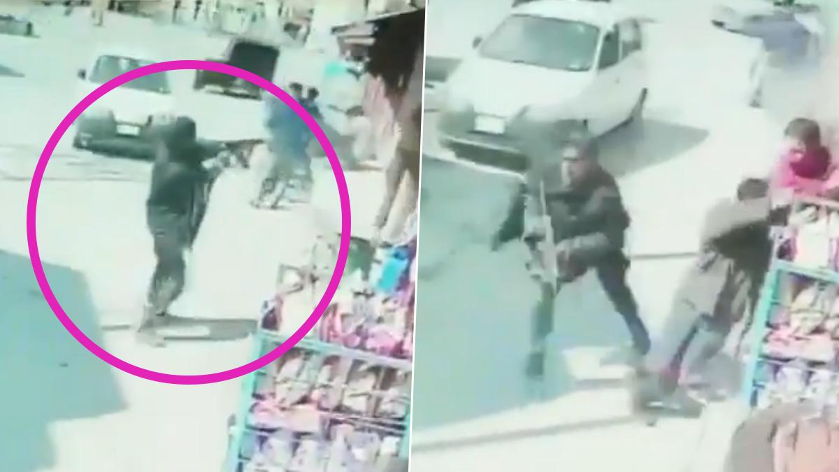 वीडियो: श्रीनगर में AK-47 से गोलियां बरसाते दिखे आतंकी, हमले में दो पुलिसकर्मी शहीद