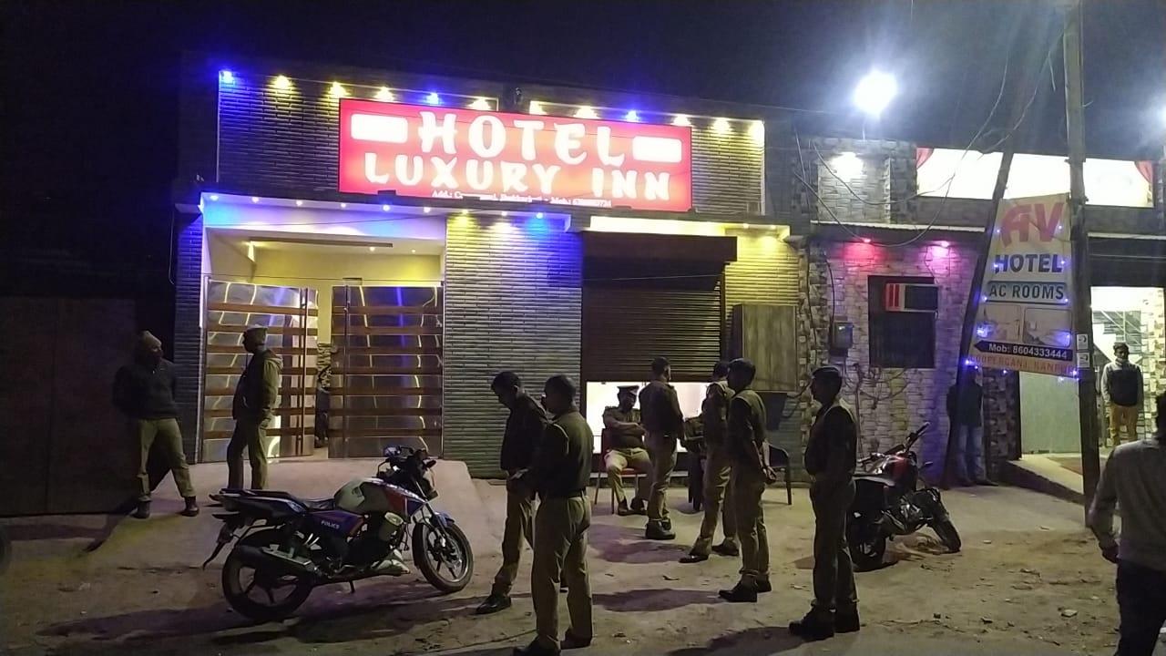 कानपुर-मामूली विवाद के चलते होटलकर्मी की रॉड मारकर बेरहमी से हत्या