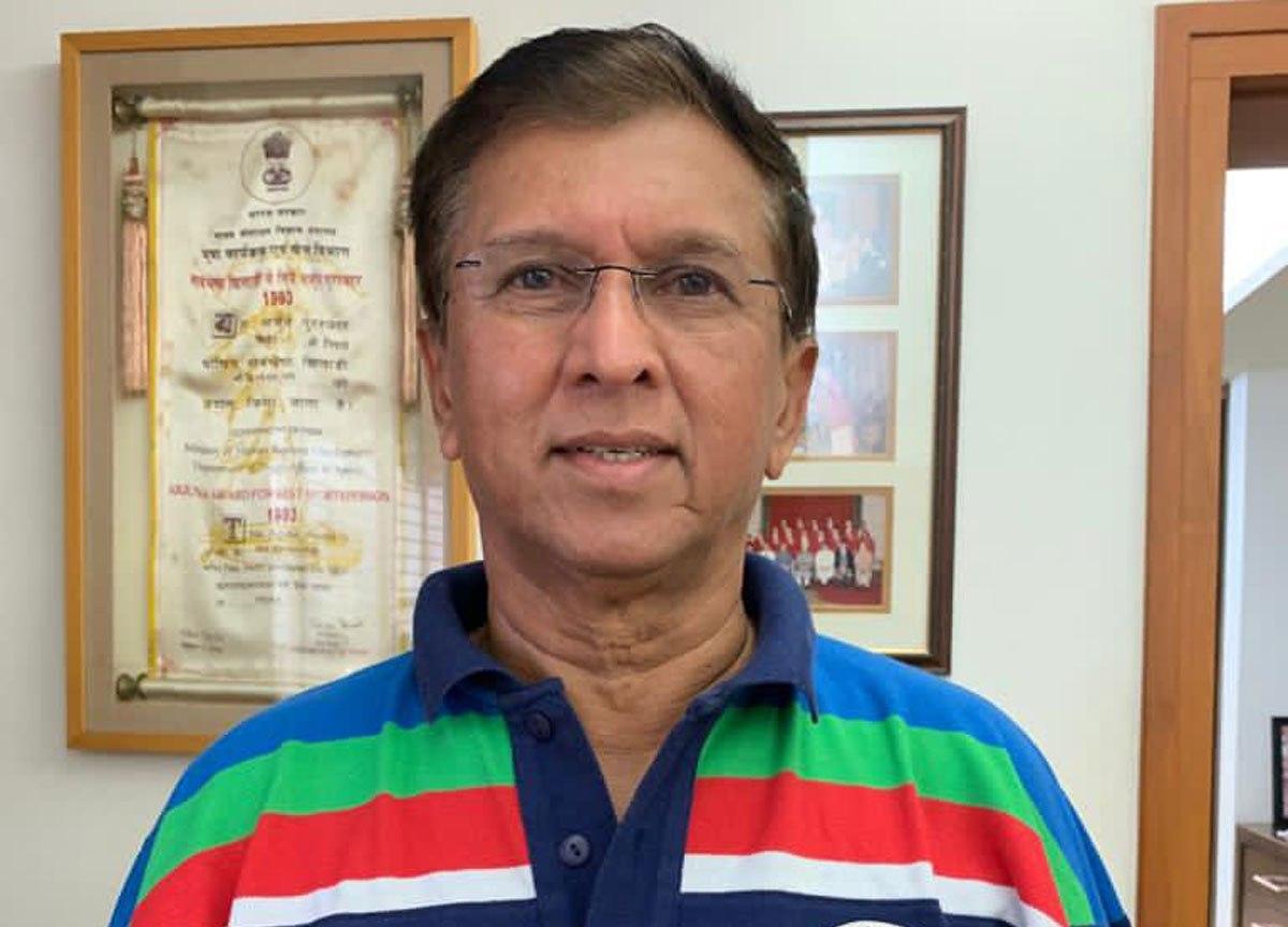 IPL शुरू होने से पहले मुंबई इंडियंस को लगा बड़ा झटका, विकेटकीपिंग सलाहकार किरण मोरे हुए कोरोना संक्रमित