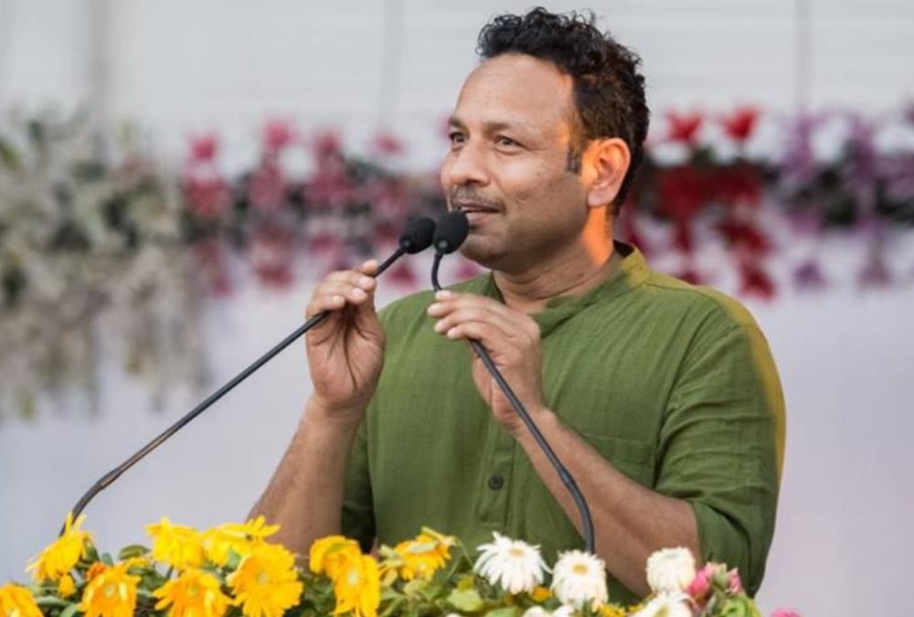 सपा प्रवक्ता ने कहा, 'आम जनता के लिए खोल जाएं सभी अस्पताल, लोगों के अंदर खत्म हो दहशत'