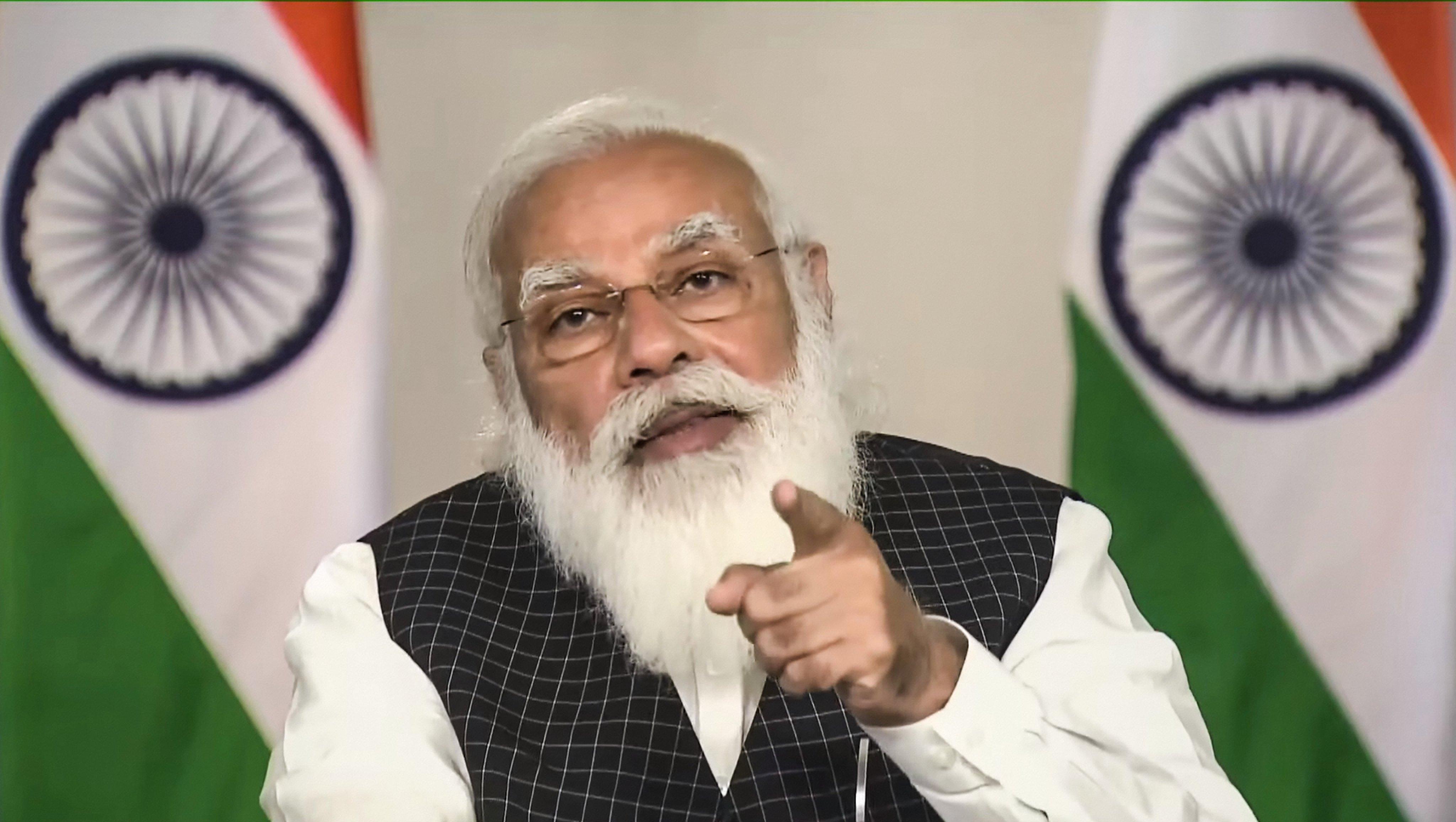 देश में ऑक्सीजन सप्लाई को लेकर PM मोदी ने की समीक्षा, 'ऑक्सीजन टैंकरों को ना रोका जाए'