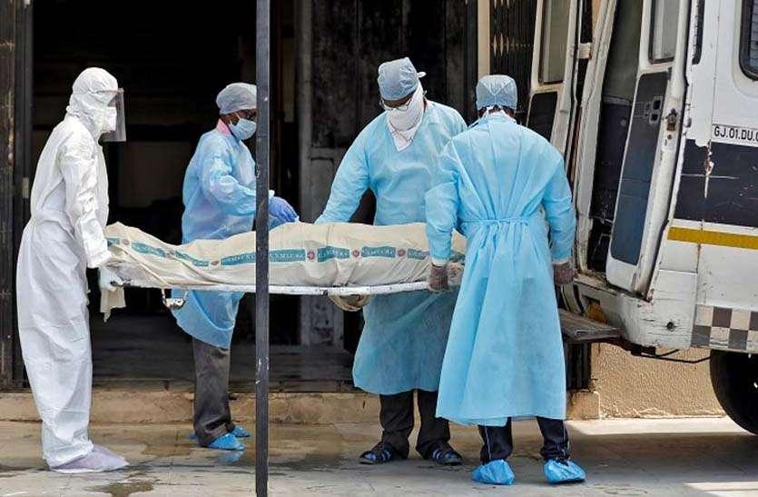 यूपी में 24 घंटे के भीतर सामने आए 27 हजार से ज्यादा कोरोना मरीज, 120 लोगों की हुई मौत