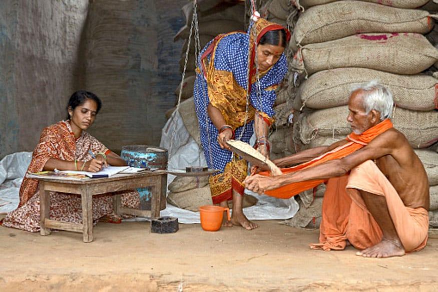 पीएम मोदी की इस योजना के तहत गरीबों को मिलेगा मुफ्त अनाज