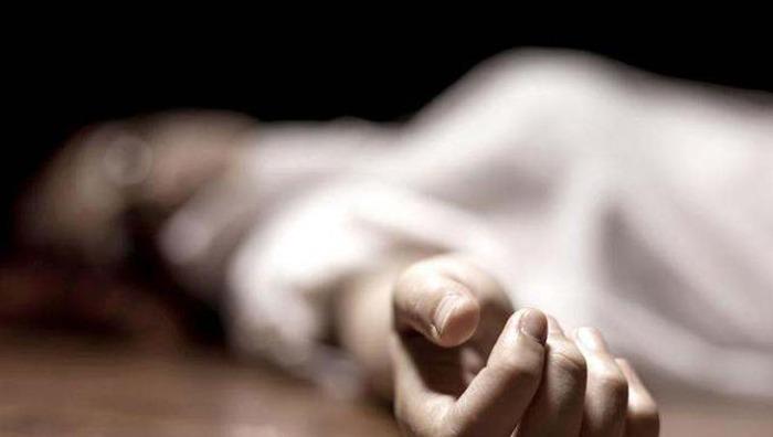 ग्रेटर नोएडा: कोरोना पॉजिटिव महिला डॉक्टर ने बिल्डिंग से कूदकर की आत्महत्या