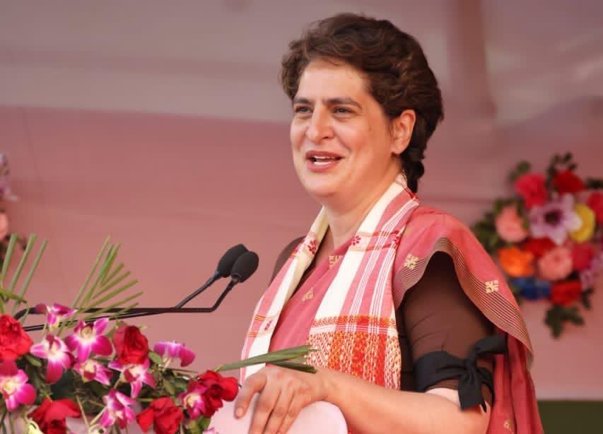 प्रियंका गांधी ने सीएम योगी पर साधा निशाना, कहा- कोविड पॉजिटिव के संपर्क में आने पर भी कर रहे हैं रैली