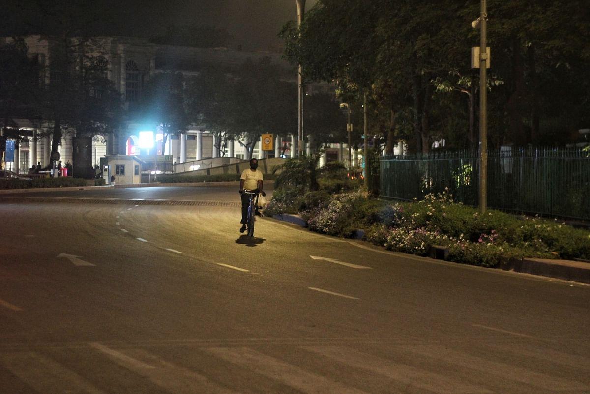 मुरादाबाद में भी नाइट कर्फ्यू का ऐलान, 10 बजे से सुबह 6 बजे तक बाहर निकलने पर पाबंदी