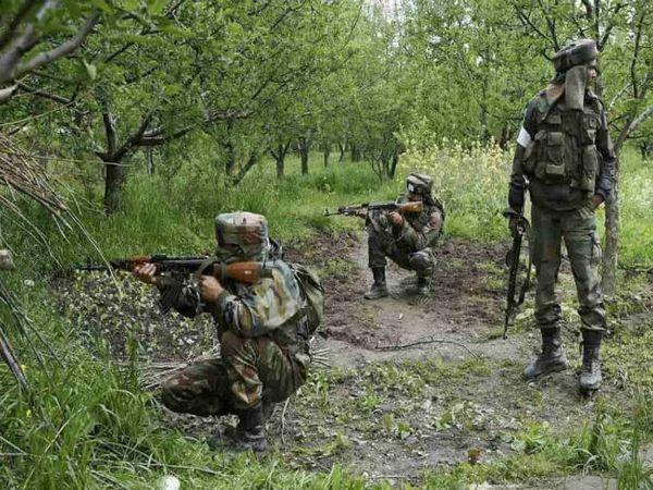 महाराष्ट्र के गढ़चिरौली में बड़ा नक्सली हमला, एनकाउंट जारी, वायुसेना से भेज गए कमांडो