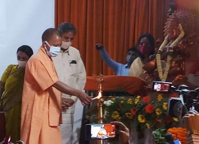 नाथ संप्रदाय पर सेमिनार का सीएम योगी ने किया शुभारम्भ, कहा-तिब्बत से श्रीलंका, पाकिस्तान से बांग्लादेश तक फैला है नाथ पंथ