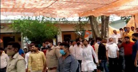 वीडियो: मोहम्मद अखलाक के गांव बिसाहड़ा में बीजेपी नेताओं का जमकर विरोध