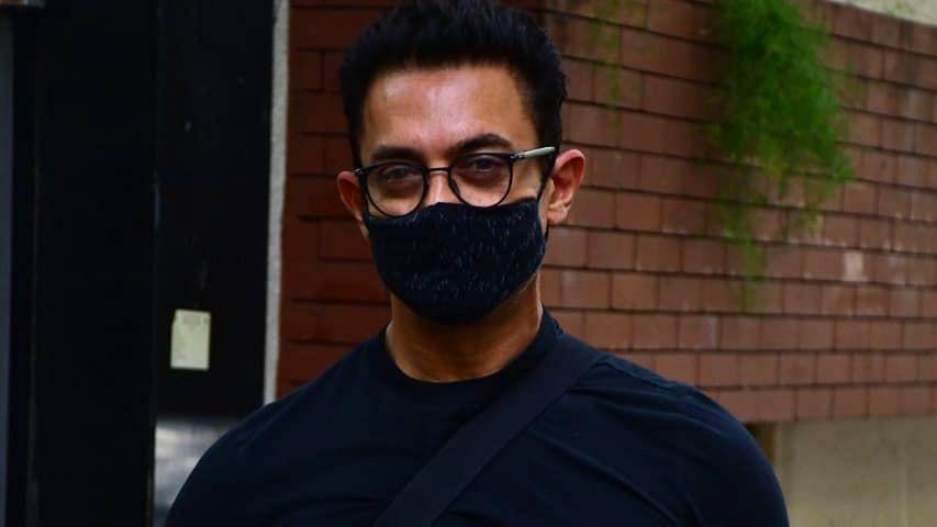 एक्टर आमिर खान हुए कोरोना पॉजिटिव, खुद को घर पर किया क्वारंटाइन